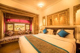 Hotel Radhika