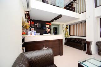 Hotel Akaal Residency